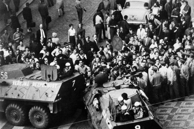 Demonstrace v Praze ve dnech 20. a 21. srpna 1969, zákrok příslušníků VB na Václavském náměstí