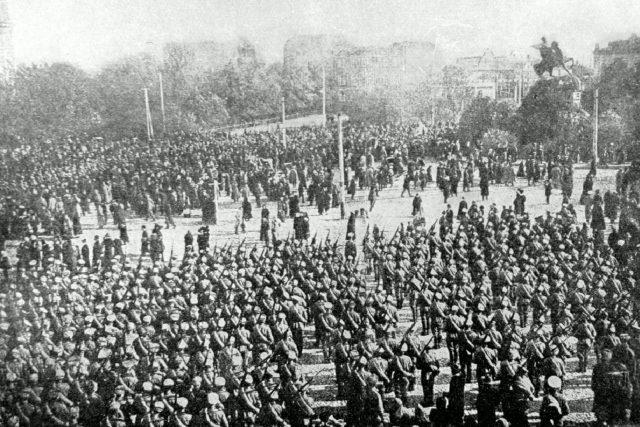 Československé legie (v září 1914 proběhla slavnostní přísaha prvních 716 československých dobrovolníků České družiny