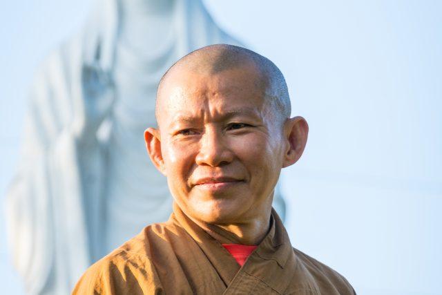 buddhistický mnich – buddhismus