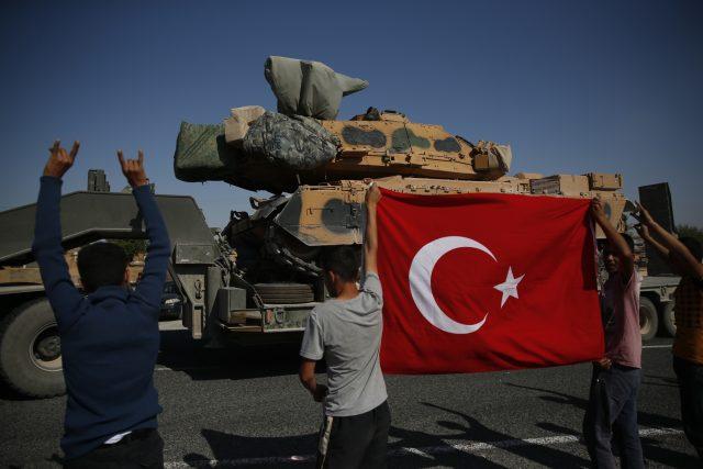 Erdogan potřeboval zabrnkat na nacionalistickou strunu