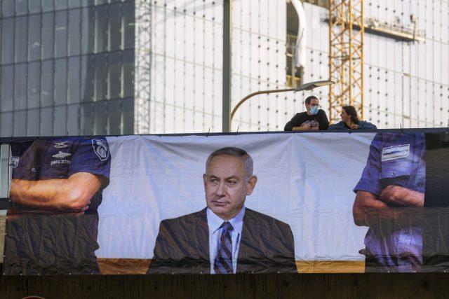 V Izraeli začíná soudní proces s premiérem Netanjahuem.