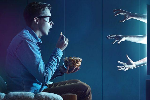 Závislost na televizi (ilustrační foto)