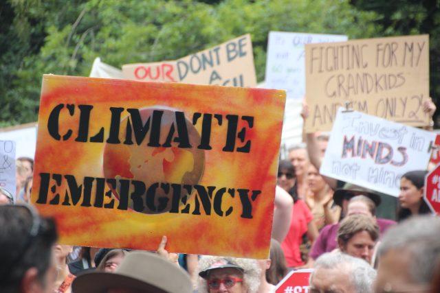 klimatická pohotovost - klimatická krize - globální oteplování
