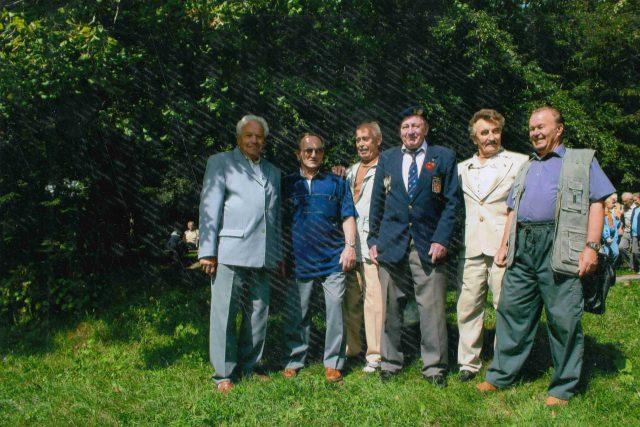 František Kolečkář s přáteli na muklovské pouti na Sv. Hostýně   foto: Post Bellum