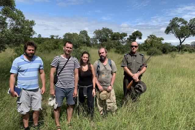 Čeští experti v Krugerově národním parku, který je velikostně srovnatelný s Moravou, vytipovali 60 ploch, na kterých detailně zkoumají rostliny, ptáky, hmyz nebo třeba netopýry