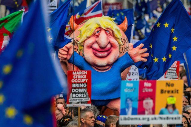 Pochod odpůrců brexitu.