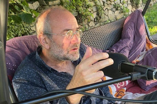 Bohdan Sláma mluvil především o svém nejnovějším filmu Krajina ve stínu | foto: Tomáš Černý,  Český rozhlas