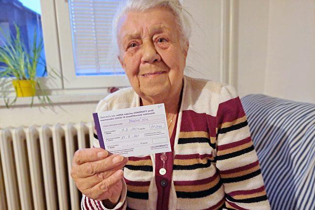 Věra Čánová - celý rok jsme natáčeli pohled na pandemii očima 84leté důchodkyně | foto: Andrea Čánová,  Český rozhlas