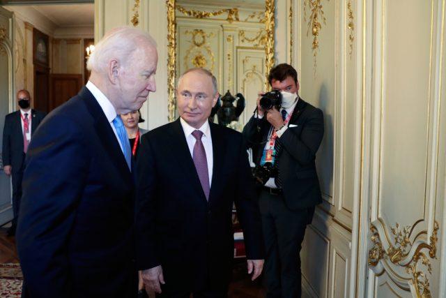 Summit Joe Bidena a Vladimira Putina v Ženevě