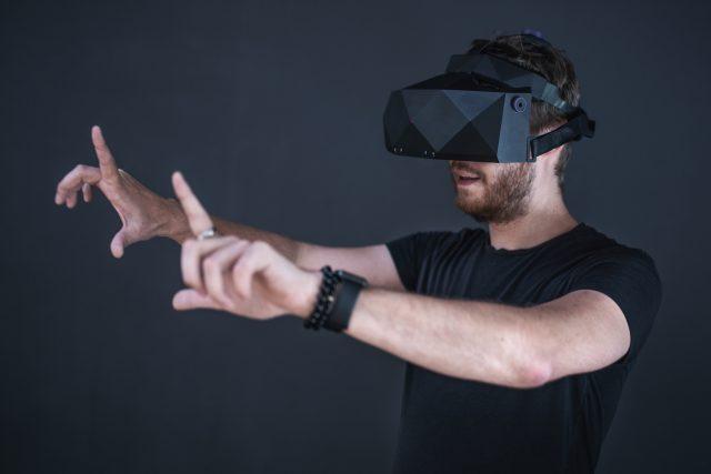 Brýle XTAL pro virtuální realitu byly navrženy především pro profesionální použití.