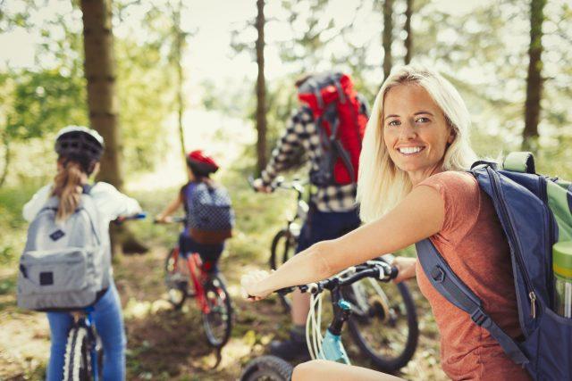 Rodinný výlet na kolech | foto: Fotobanka Profimedia