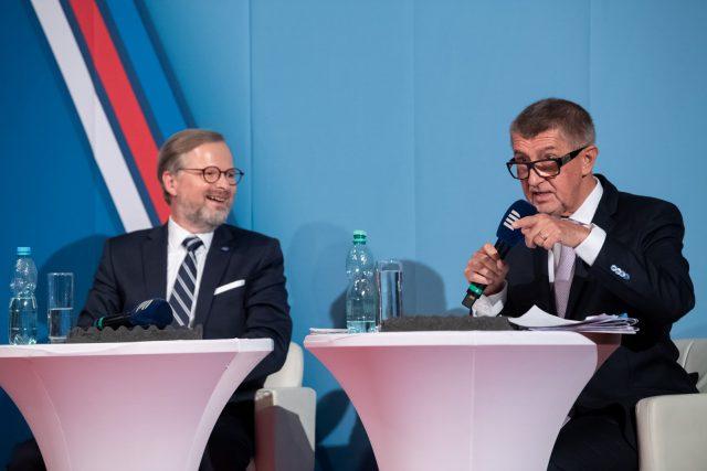 Andrej Babiš  (ANO) a Petr Fiala  (ODS,  koalice Spolu) | foto: Khalil Baalbaki,  Český rozhlas