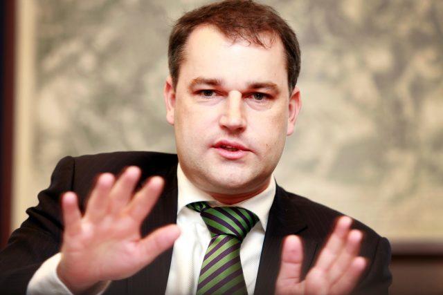 Bývalý viceguvernér České národní banky Mojmír Hampl