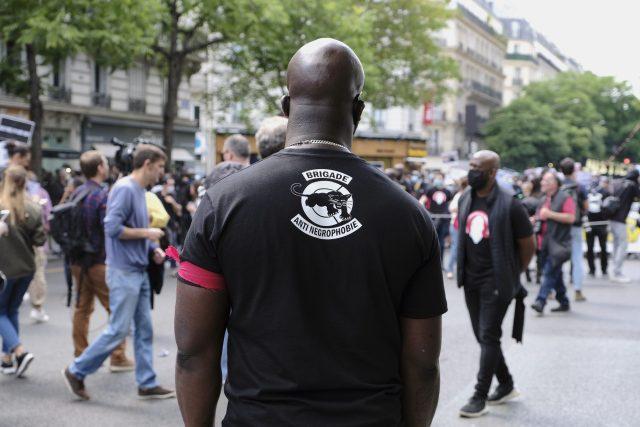 Demonstrace proti policejnímu násilí v Paříži