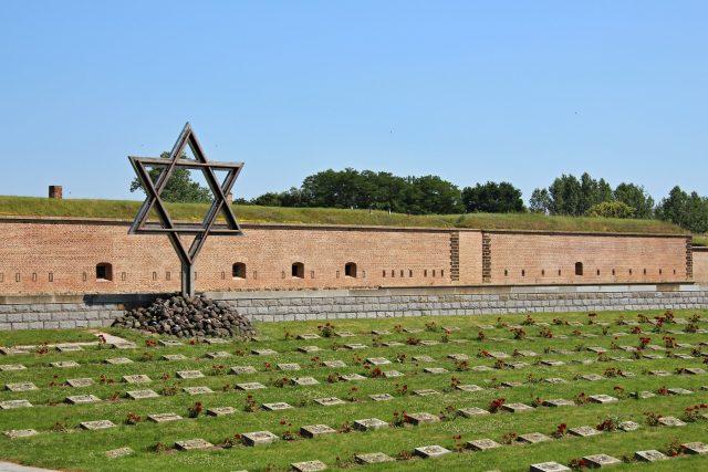 Památník v bývalém koncentračním táboře Terezín