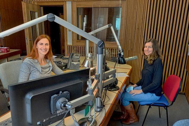 Eva Nováková (vpravo), lektorka sexuální výchovy, autorka projektu Mluvte s dětmi