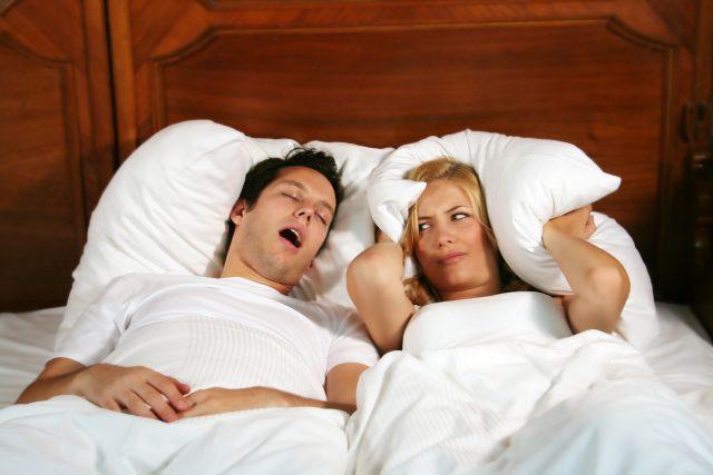 Chrápání, spánková apnoe (ilustrační foto)