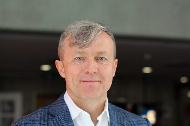 Martin Roman, manažer, podnikatel a filantrop (s odhadovaným majetkem se pohybuje v řádu miliard Kč)