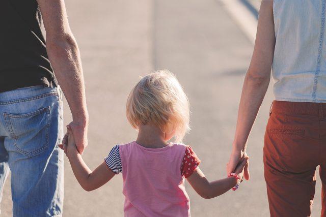 Rodina, rodiče s dětmi