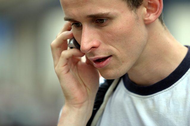 telefonování z mobilu