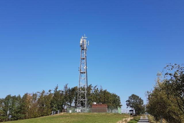 Vysílač Horka u obce Turkovice, který využívají mobilní operátoři O2, T-Mobile i Vodafone