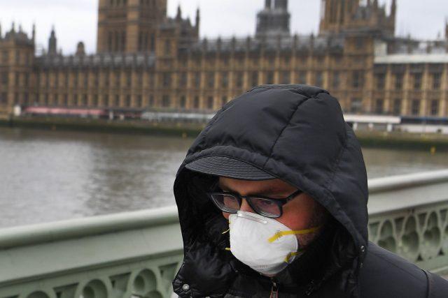 Koronavirová krize ve Velké Británii