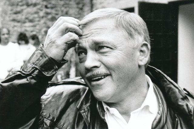 Karel Kryl se autorsky i interpretačně podílel na tvorbě silvestrovských pořadů Svobodné Evropy.