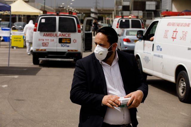 Izrael zastavil uvolňování restriktivních opatření
