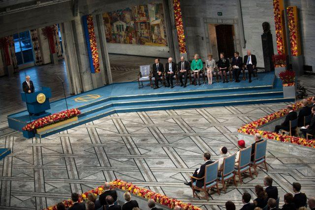 Ceremoniál předávání Nobelových cen  (Thorbjoern Jagland holds a speech during The Nobel Peace Prize ceremony in Oslo) | foto: Fotobanka Profimedia