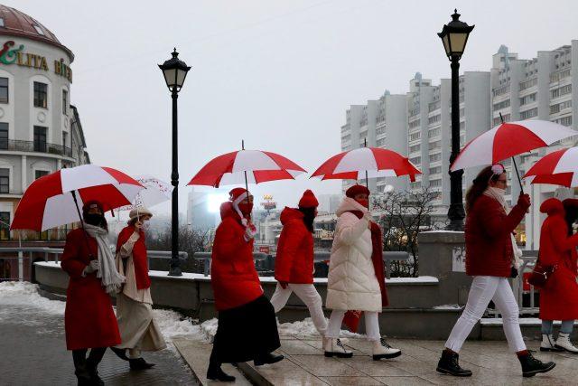 Běloruské ženy protestují proti prezidentu Lukašenkovi   foto: Fotobanka Profimedia