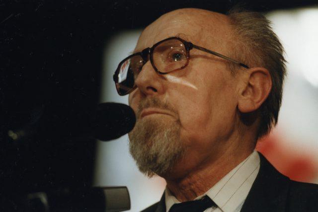 V roce 1995 byl Jiří Kantůrek jmenován tiskovým mluvčím ČSSD