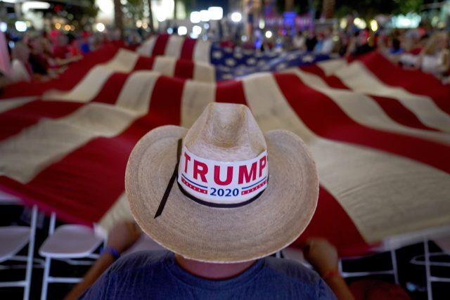 Podle Marka Slouky nyní Amerika zažívá nejdůležitější volby od Lincolnových dob. Tytéž faktory,  které tehdy vedly k americké občanské válce,  podle něj stále existují | foto:  Matt York,  ČTK/AP
