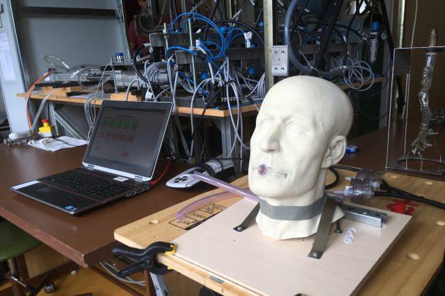 Experimentální model plic zabere celou laboratoř
