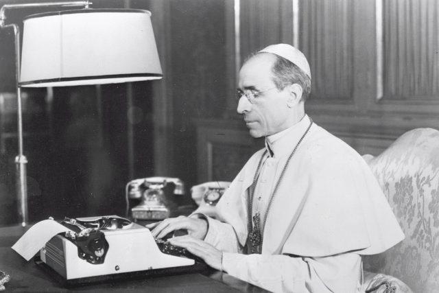 Papež Pius XII. | foto: Fotobanka Profimedia