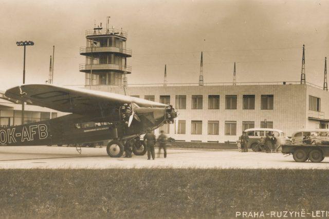 Letiště Ruzyně, 1937