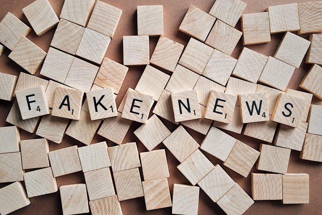 fake news - dezinformace a falešné zprávy
