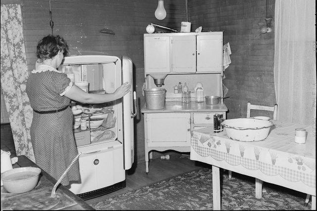 Lednice, USA 1947