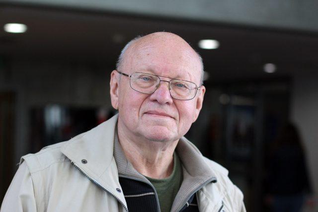 Miloš Rejchrt, evangelický farář a disident (v letech 1980–1981 mluvčí Charty 77)