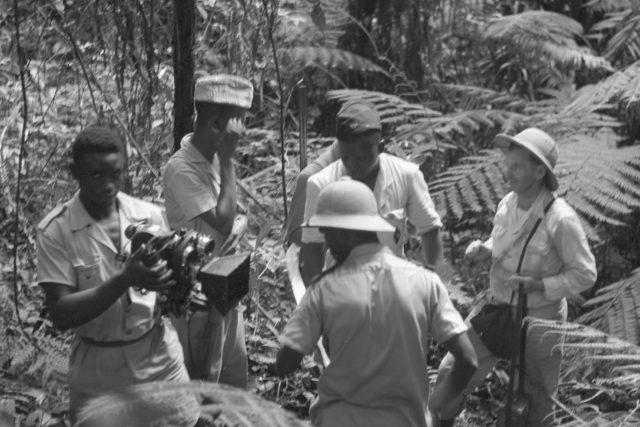 Ladislav Pařízek spolu s kameramanem Lubomírem Mikulou dosáhli 21. května 1959 pramenů Nigeru v posvátném háji | foto: ČTK