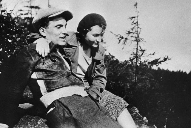 Julius Fučík s manželkou Gustou, 1932