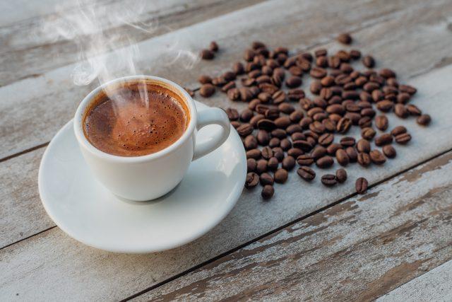 Tradiční turecká (řecká) káva (ilustrační foto)