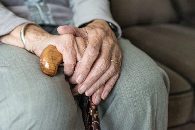 Stáří,  senior,  důchodce  (ilustrační foto) | foto: Pixabay