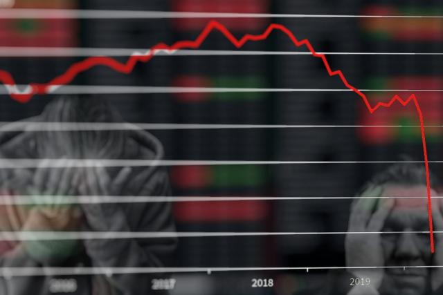Pandemie koronaviru zasadila ekonomice citelnou ránu