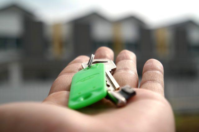 Hypotéka je často jedinou cestou, jak se dostat k vlastnímu bydlení (ilustrační foto)