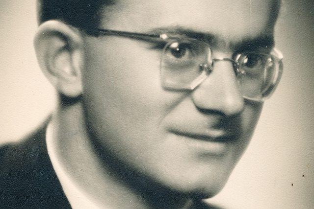 Fotografie Václava Štěpána z maturitního tabla z roku 1953