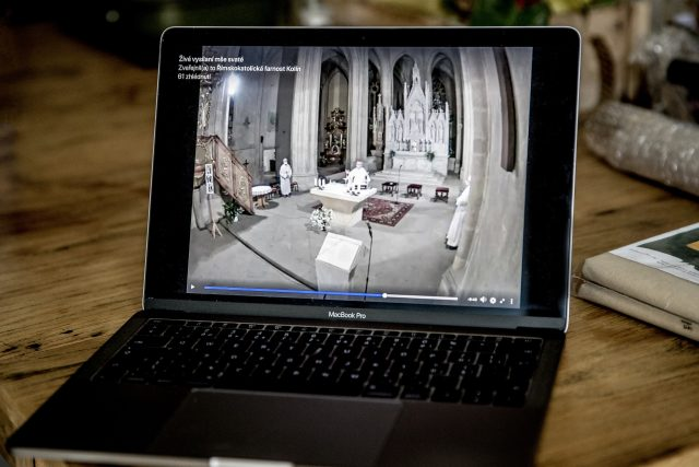 Online bohoslužba