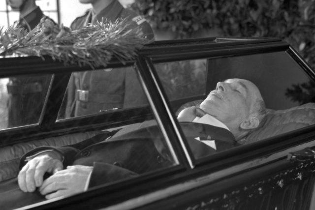 Pohřeb Edvarda Beneše
