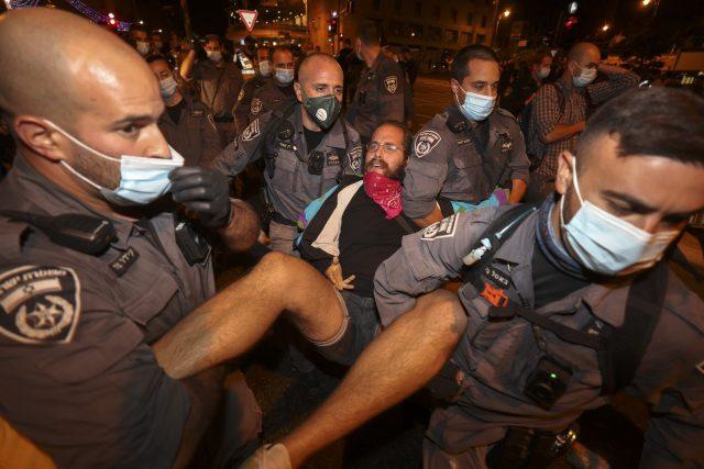 Demonstrace v Jeruzalémě proti izraelskému premiérovi
