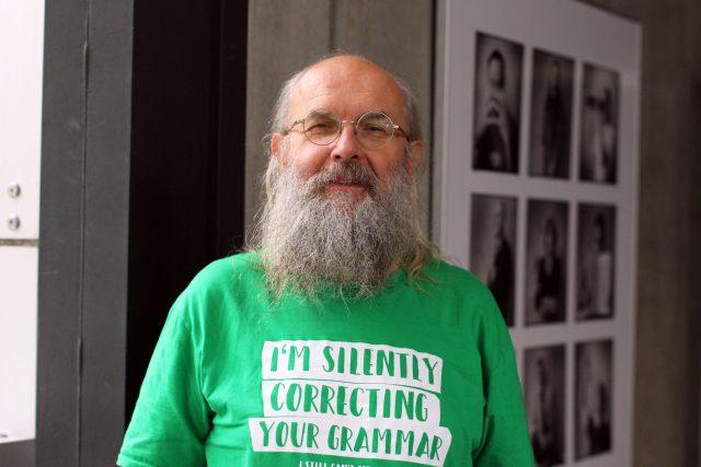 Karel Oliva, jazykovědec a vysokoškolský pedagog