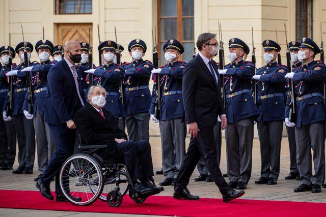 Srbský prezident Aleksandar Vučić a prezident ČR Miloš Zeman při oficiální návštěvě  (18. 5. 2021)   foto: Fotobanka Profimedia